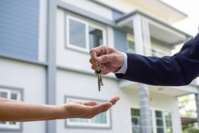 Die Schenkung einer Immobilie nach einer Scheidung rückgängig zu machen ist nicht so einfach.