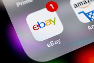 Der Betreiber eines Online-Marktplatzes – also eben auch Ebay – muss nach dem Hinweis auf eine klare Rechtsverletzung das konkrete Angebot unverzüglich sperren.
