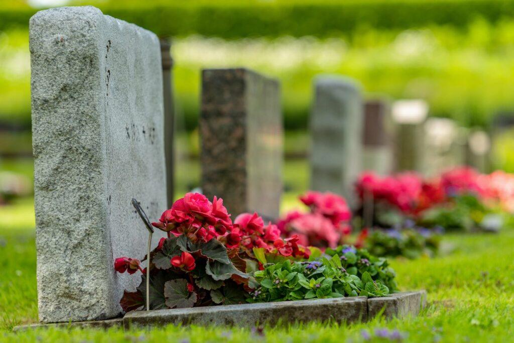 Sterbegeldversicherung und Abtretung an Bestatter bedeuten Nichtabzugsfähigkeit bei ESt.